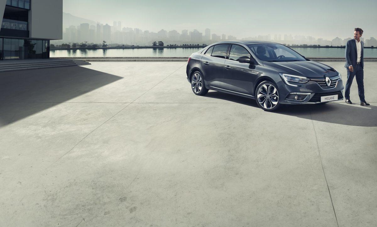 renault-megane-sedan-lff-ph1-beauty-shot-desktop.jpg.ximg.l_12_m.smart.jpg