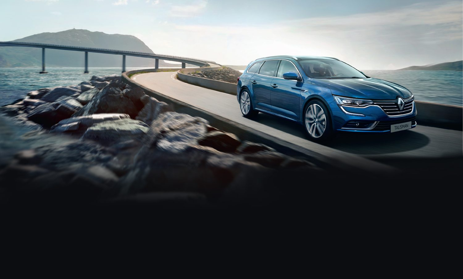 renault-talisman-estate-kfd-ph1-beauty-shots-desktop.jpg.ximg.l_full_m.smart.jpg